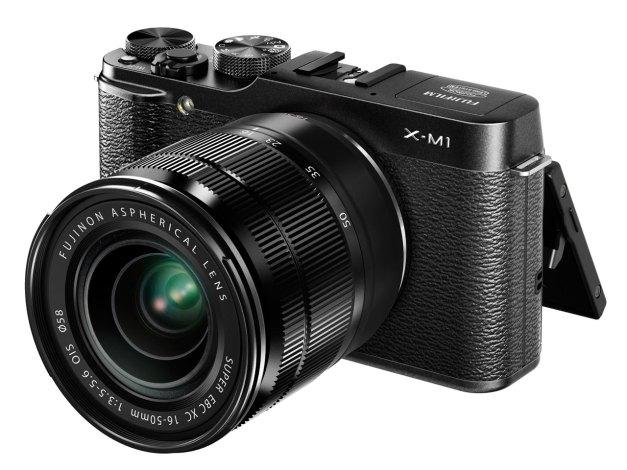 xm1-black-34